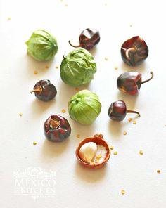 Cascabel chiles and tomatillos, ingredients to make cascabel salsa. #mexicanfood #salsa