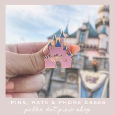 What's New At Walt Disney World For Christmas - Polka Dots and Pixie Dust Disney World Parks, Walt Disney World Vacations, Family Vacations, Family Travel, Disney Souvenirs, Disney Snacks, Disneyland Vacation, Cruise Vacation, Disney Cruise