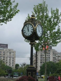 Large 4 Dial Street Clock made by Electric Time of Medfield, Massachusetts. The Places Youll Go, Places To See, Clock Town, As Time Goes By, Time Of Your Life, Antique Clocks, Bucharest Romania, Beautiful Places, At Least
