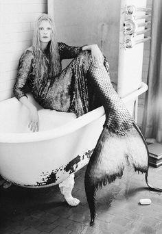 ☆ミ ☆彡 mermaid evening gown bathtub photograph fashion shoot