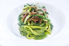 Spaghettoni Rummo con ortica, cannolicchi e salicornia