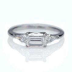 Best Diamond Engagement Rings : Replica Art Deco Engagement Ring - east/west set emerald cut diamond - Buy Me Diamond Anel Art Deco, Bijoux Art Deco, Art Deco Jewelry, Jewelry Rings, Jewellery Box, Fine Jewelry, Silver Jewellery, Jewellery Supplies, Jewellery Shops