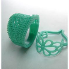 Wax Rings - excellant blog on the basics of carving wax, good tips. And they have lots of other supplies too. -- A keeper