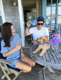 There Once Was A Pup On Nantucket - Classy Girls Wear Pearls Don Draper, Joseph Morgan, Robert Downey Jr, Preppy Outfits, Summer Outfits, Prep Style, My Style, New England Prep, Sarah Vickers