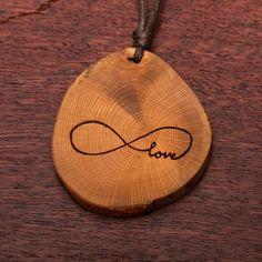 Endlosschleife Love - Ketten Holzschmuck aus Naturholz / Anhänger Washer Necklace, Jewelry, Wood, Chains, Ear Piercings, Handmade, Wristlets, Jewlery, Jewerly