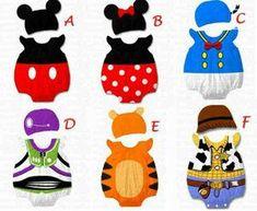 Batman Minnie Mouse /& Sesame Street Pack of 2 Towel Bibs /& Finding Nemo 1 Bib