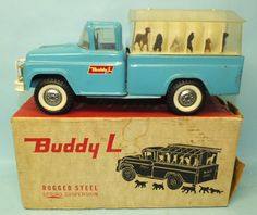VINTAGE BUDDY L KENNEL TRUCK #5410 w/ DOGS PRESSED STEEL TOY & BOX | Toys of Times Past