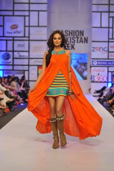 Warda Saleem at Pakistan Fashion Week 2012