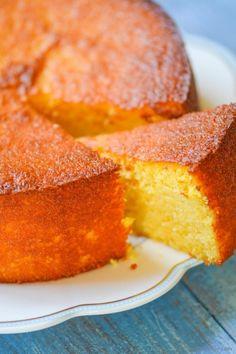 Moist, gluten-free, citrus-y clementine cake. A simple recipe and a beautiful cake! Moist, gluten-free, citrus-y clementine cake. A simple recipe and a beautiful cake! Gluten Free Sweets, Gluten Free Cakes, Gluten Free Baking, Gluten Free Recipes, Healthy Recipes, Meal Recipes, Healthy Foods, Sweet Recipes, Cake Recipes