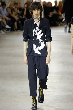 Ann Demeulemeester Spring 2017 Menswear Collection Photos - Vogue
