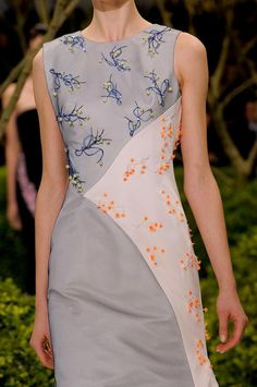View all the detailed photos of the Christian Dior haute couture spring 2013 showing at Paris fashion week.  Read the article to see the full gallery.