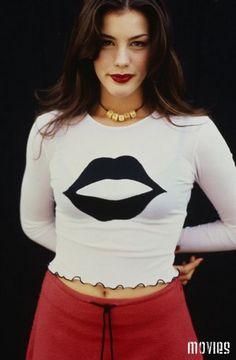 ИЗ АРХИВА: Лив Тайлер (Liv Tyler) в фотосессии Лары Россиньоль (Lara Rossignol) (1995)