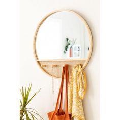 Runder Wandspiegel mit Garderobe aus Tinkaholz - SKLUM Rattan, Wreaths, Mirror, Furniture, Home Decor, Vintage Decor, Round Wall Mirror, Round Mirrors, Chest Of Drawers