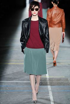 Dries Van Noten Fall 2009 Ready-to-Wear Fashion Show - Marina Peres