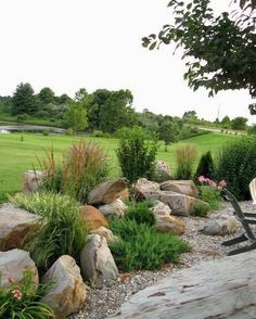 Cool 80 Front Yard Rock Garden Landscaping Ideas https://insidecorate.com/80-front-yard-rock-garden-landscaping-ideas/ #landscapingideas #LandscapingIdeas