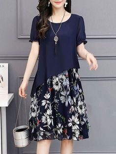 Buy Round Neck Floral Printed Chiffon Shift Dress online with cheap prices and discover fashion Shif Cheap Maxi Dresses, Modest Dresses, Elegant Dresses, Casual Dresses, Summer Dresses, Shift Dresses, Chiffon Dresses, Chiffon Saree, Modest Clothing