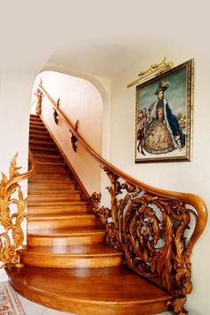 Get inspired with the traditional Russian interior design, It's very interesting and elegant style!