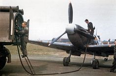 The Royal Air Force in Britain, 1942 Ground crewmen refuelling a Supermarine Spitfire Mark II at an Operational Training Unit. Air Force Aircraft, Navy Aircraft, Ww2 Aircraft, Fighter Aircraft, Military Aircraft, Air Fighter, Fighter Jets, Spitfire Supermarine, Pilot