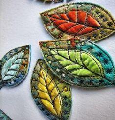 "Maggie Gray's ""Workshop im Web"" Fiber Arts Unterricht - aplikacje - Art World Fiber Art Quilts, Textile Fiber Art, Textile Artists, Art Quilting, Free Motion Embroidery, Embroidery Art, Machine Embroidery, Fabric Painting, Fabric Art"