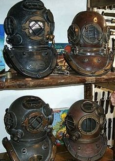 One of those would look FAB in my future study Diving Helmet, Diving Suit, Scuba Diving, Steampunk Design, Gothic Steampunk, Technical Diving, Diver Down, Deep Sea Diver, Leagues Under The Sea