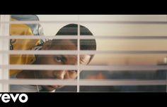 Romeo Santos estrena el esperado videoclip de Héroe Favorito, filmado por Marvel