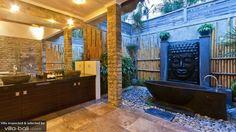 Rent Villa Mahkota, 4 bedrooms, located in Seminyak, Bali, from US$837. Villa Mahkota is a  private Bali villa rental.