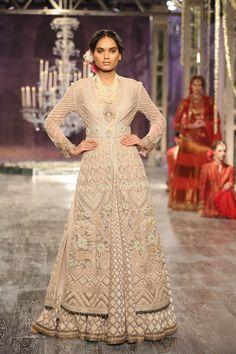 Tarun Tahiliani | India Couture Week 2016