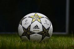 El nuevo balón de la Champions League 2012-13