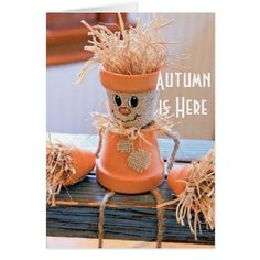 Looking for ideas, tips & tricks for your DIY Fall Decor Projects? This collection features of the best DIY Fall Decor ideas for the home and garden. Fall Crafts For Adults, Easy Fall Crafts, Fall Diy, Holiday Crafts, Kids Crafts, Craft Projects, Craft Ideas, Holiday Decor, Fall Decorations Diy