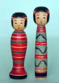 "Sato Shoichi 佐藤正一 (1905-1972), Master 斎藤太治郎, 13.3 cm, Taishi type | ""at 50 years, 31.11.1956""; 14.5 cm | ""at 50 years, 10.11.1956"" Doll Japan, Kokeshi Dolls, Traditional, Type, Vintage, Vintage Comics, Primitive"