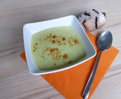 Rezept Pfiffige Zucchinicurrycremesuppe von meinegenusswelt.com - Rezept der Kategorie Suppen