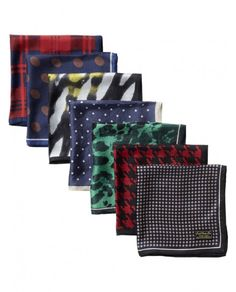 All-over printed silk pocket quare Scotch & Soda:  This stylish silk pocket square is perfect for both formal as informal use. The great silk quality and unique patterns spice up your outfit with some colour.