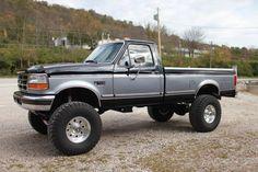 cars and trucks Big Ford Trucks, Classic Pickup Trucks, Old Pickup Trucks, Ford Classic Cars, Chevy Trucks, Lifted Chevy, Ford Diesel, Diesel Trucks, Single Cab Trucks
