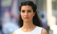 There are some new divorce rumors surrounding Turkish actress Tuba Buyukustun and her husband, Turkish actor, Onur Saylak. The actress has been spotted at the Cannes Film Festival by herself, without her husband. But her husband Onur Saylak denied any divorce rumors, and in a recent interview with a Turkish magazine he explained that the couple is not facing any troubles or issues and that they are both happily married, and those who are releasing those rumors only mean to hurt the couple.