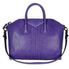 Antigona Medium Chain Violet (2 340 AUD) ❤ liked on Polyvore featuring bags, handbags, purses, bolsas, bolsos, violet, purse bag, long strap purse, pouch purse and handbags purses