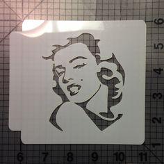 Marilyn Monroe Stencil, Marilyn Monroe Artwork, Stencil Graffiti, Stencil Art, Stencil Patterns, Stencils Online, Large Stencils, Stencil Material, Edible Glitter