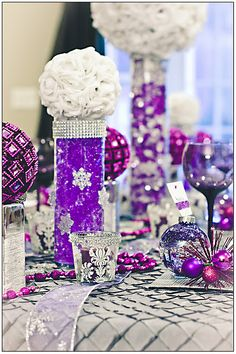Winter Wonderland...i love the center pieces