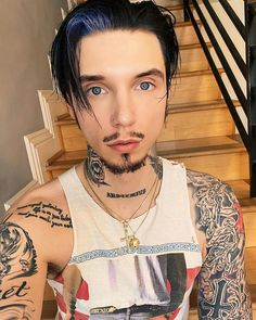 Andy Biersack from IG 2020 Black Viel Brides, Black Veil Brides Andy, Guy Fawkes Mask, Fall Out Boy Songs, Andy Biersak, Jake Pitts, Ronnie Radke, Andy Black, Falling In Reverse