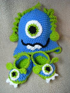 Monster crocheted hat & booties just add blue and green diaper cover with eyes and you have a set!!!! so in love with baby hat, booty and diaper cover sets!