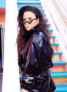 Demi Lovato Talks About Her Pop Star BFFs Ariana Grande & Iggy Azalea!: Photo Demi Lovato looks so beautiful on the cover of the latest issue of Billboard, which is out now. Camp Rock, The Brunette, Brunette Beauty, Selena Gomez, Demi Lovato Albums, Demi Lovato Style, Demi Lovato Pictures, Billboard Magazine, Leather Skirt
