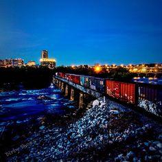 Into the blue night while the festival sleeps...  #iPhoneonly #visitrichmondva #RVA #richmondva #RVAtourism #rvanews #jamesriver #JRPS #hiking #virginia #ig_virginia #richmondgrid  #richmondoutside #HowDoYouRiver #igers #bestoftheday #nature #iphonesia #igdaily #all_shots  #longexpo #longexposure #nocheroRVA #rvastreetfestival #rvastreetartfestival by gahuss