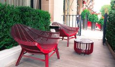 Manta chair & Medusa coffee table. Unique exhibition of ibride pieces at the prestigious hotel Plaza Athénée for the Paris Design Week Sept.2016.
