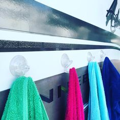 """Becky 💕 on Instagram: """"One of my favorite organizing hacks I use on vacation, suction cup hooks on the side of the RV to hold our towels. Each towel color is…"""" Camping Hacks, Trailers Camping, Camping Supplies, Diy Camping, Winter Camping, Camper Trailers, Camping Ideas, Family Camping, Outdoor Camping"""