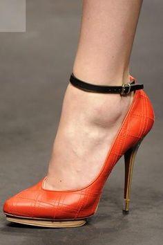 Lanvin shoes www.eluxcubrations.com