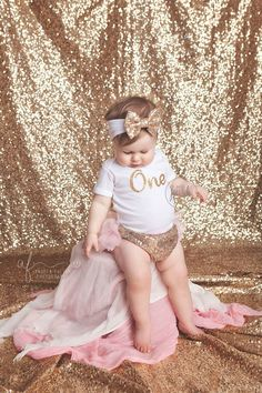 first birthday outfit, girl 1st birthday outfit, pink and gold outfit, second birthday outfit, glitter gold outfit, sparkle gold, posh by lePetitePosh on Etsy https://www.etsy.com/listing/286105691/first-birthday-outfit-girl-1st-birthday