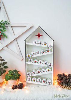 Alcohol Advent Calendar, Advent Calendar House, Cool Advent Calendars, Christmas Calendar, Diy Calendar, Christmas Gift Tags, Christmas Crafts, Christmas Tables, Modern Christmas