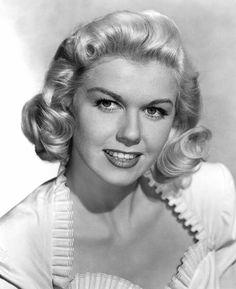 Pictures & Photos of Doris Day - IMDb