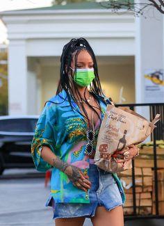 Rihanna Outfits, Rihanna E, Rapper Outfits, Rihanna Looks, Rihanna Style, Rihanna Fashion, Classy Summer Outfits, Summer Dresses For Women, Cool Outfits