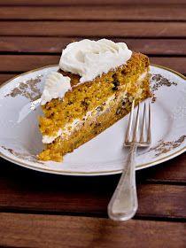 Na mrkvový dort jsem dostala tip od Magdy a Lucky (za to jim moc děkuji). Prvně jsem ho zkusila upéct na plech a jako obvykle jsem upravova... Healthy Cooking, Healthy Recipes, Healthy Food, Pavlova, Vanilla Cake, Sweet Recipes, French Toast, Cheesecake, Food And Drink