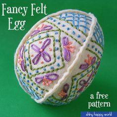 Fancy Felt Easter Egg - a free pattern from Shiny Happy World